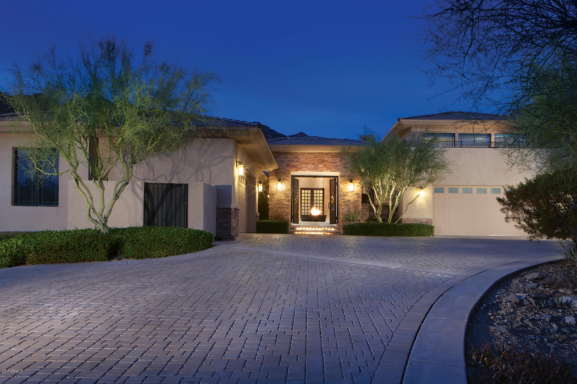 Photo of 11230 E PARADISE Lane, Scottsdale, AZ 85255