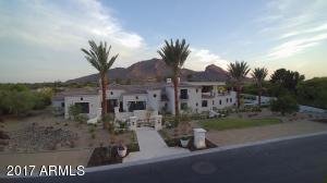 5729 E Joshua Tree Lane Paradise Valley, AZ 85253