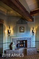 015_Fireplace