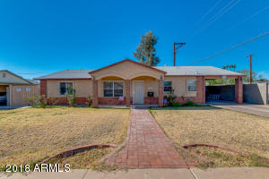 3250 N 26th Place Phoenix, AZ 85016