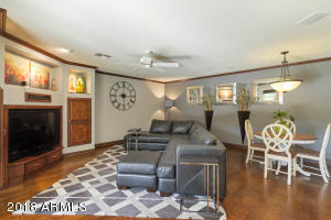 Spacious family room with eat in kitchen