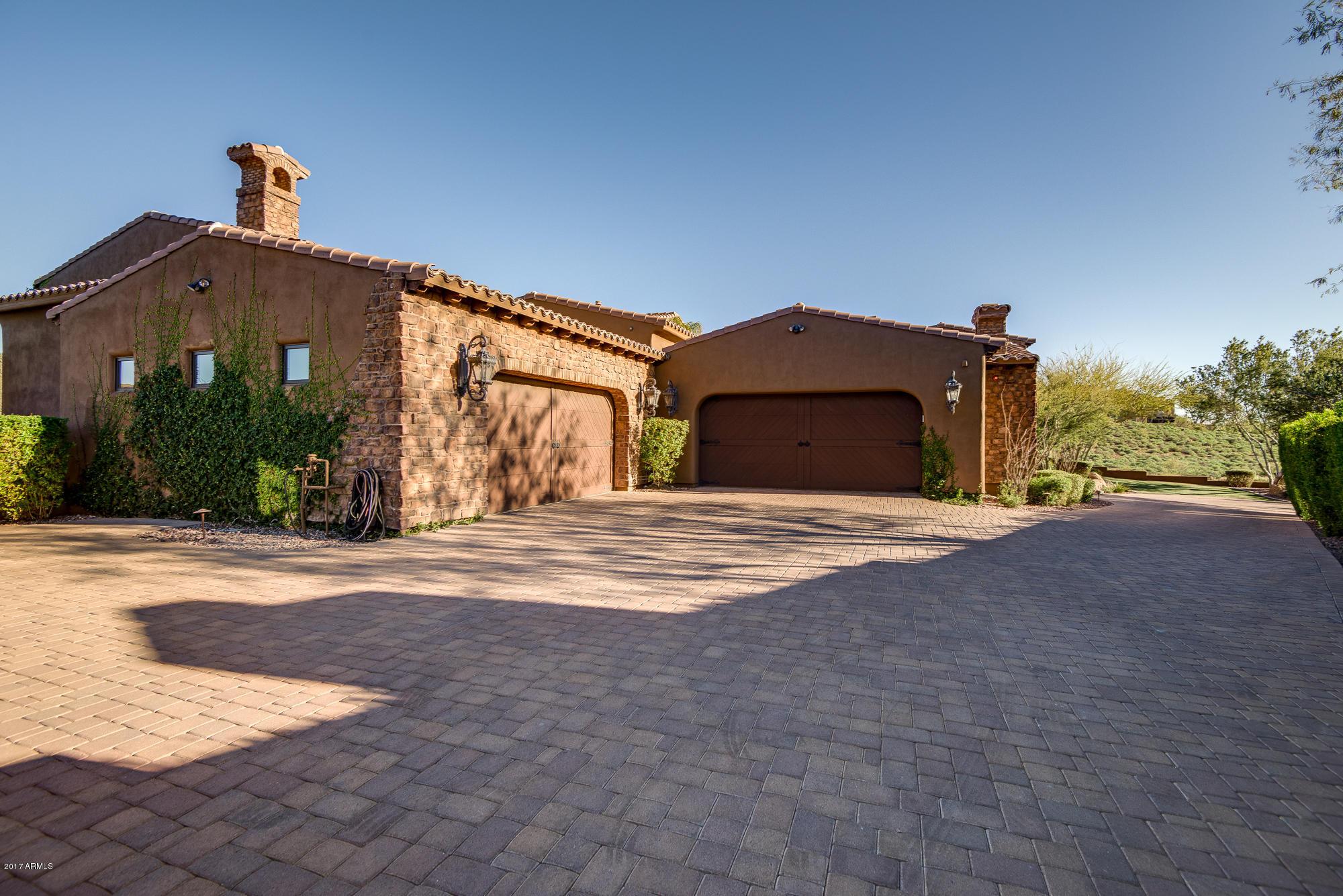 MLS 5731521 3022 W SUMMIT WALK Court, Phoenix, AZ 85086 Phoenix AZ Golf