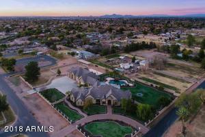 Property for sale at 842 E Mesquite Street, Gilbert,  Arizona 85296