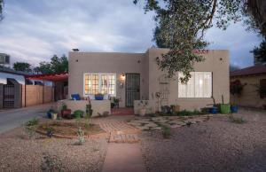 1537 W Lynwood Street Phoenix, AZ 85007