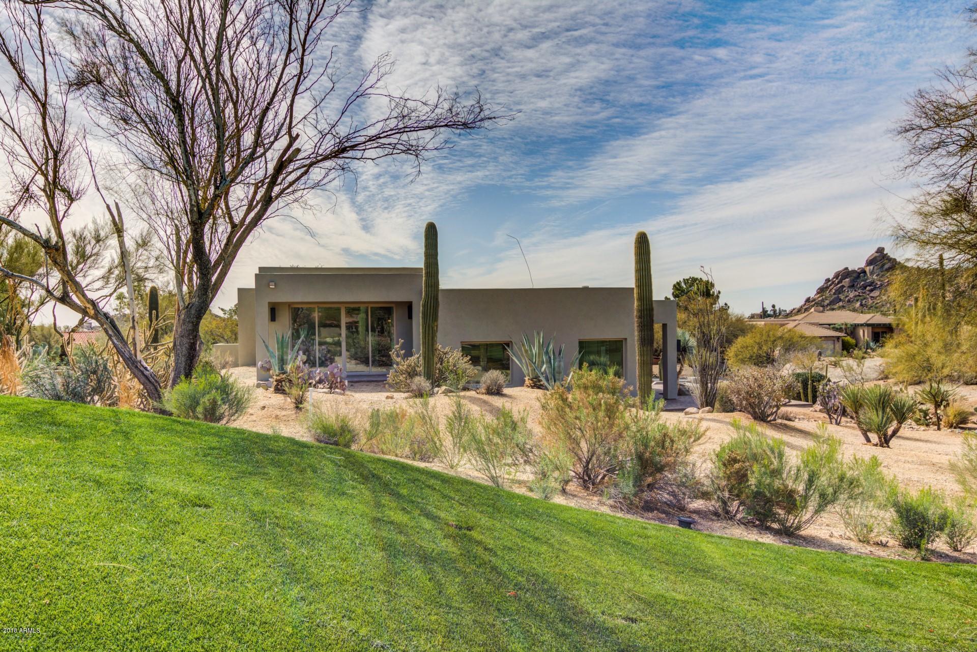 Photo of 1310 E COYOTE Pass, Carefree, AZ 85377