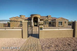 Property for sale at 12245 S 70th Street, Tempe,  Arizona 85284
