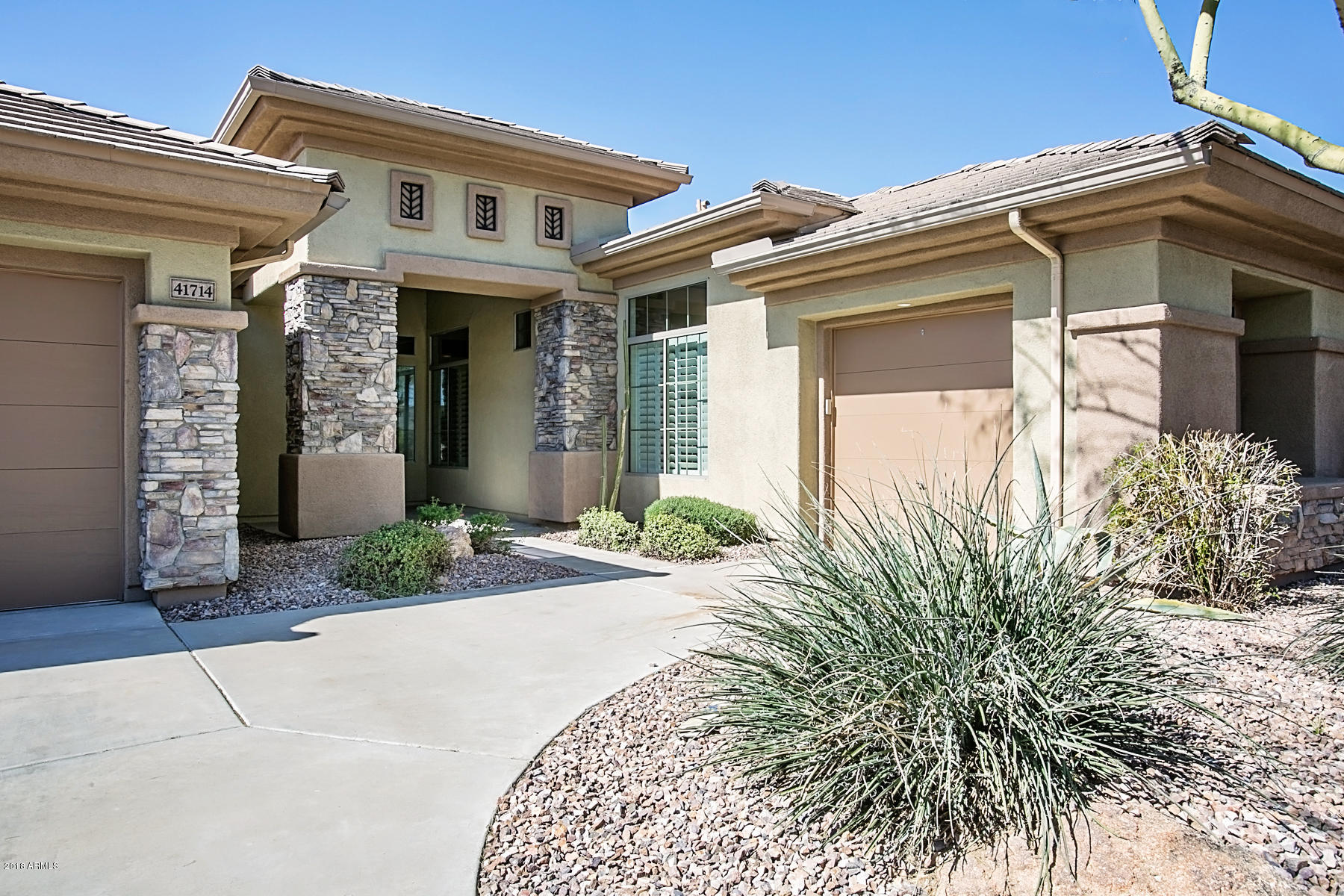 41714 N SIGNAL HILL Court, Anthem, Arizona