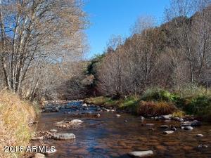 Relaxing Creekside Living