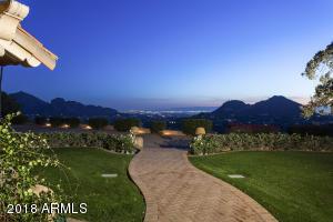 4502 E Moonlight Way Paradise Valley, AZ 85253
