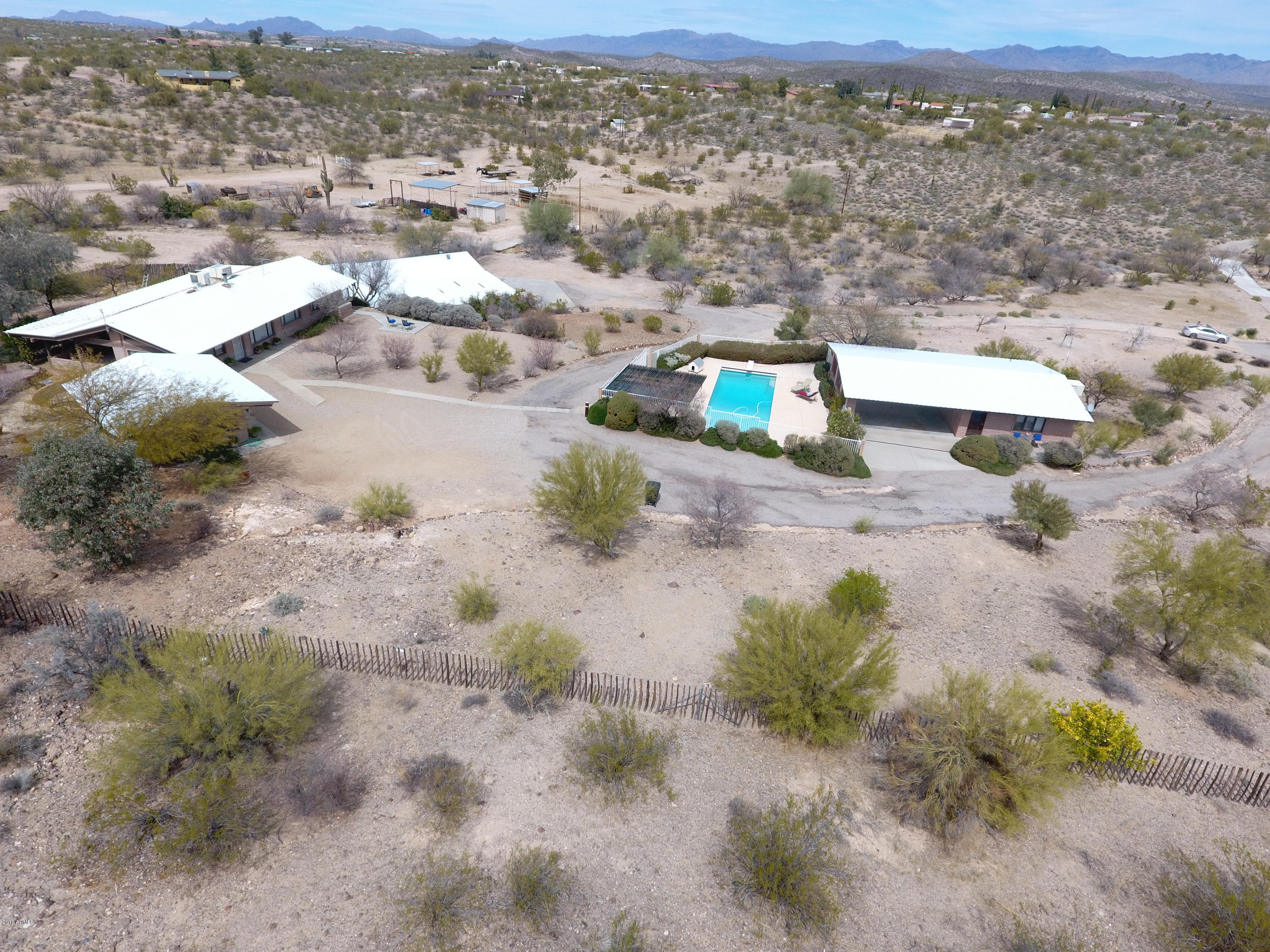 MLS 5739157 37780 W HEARTLAND Way, Wickenburg, AZ Wickenburg Horse Property for Sale