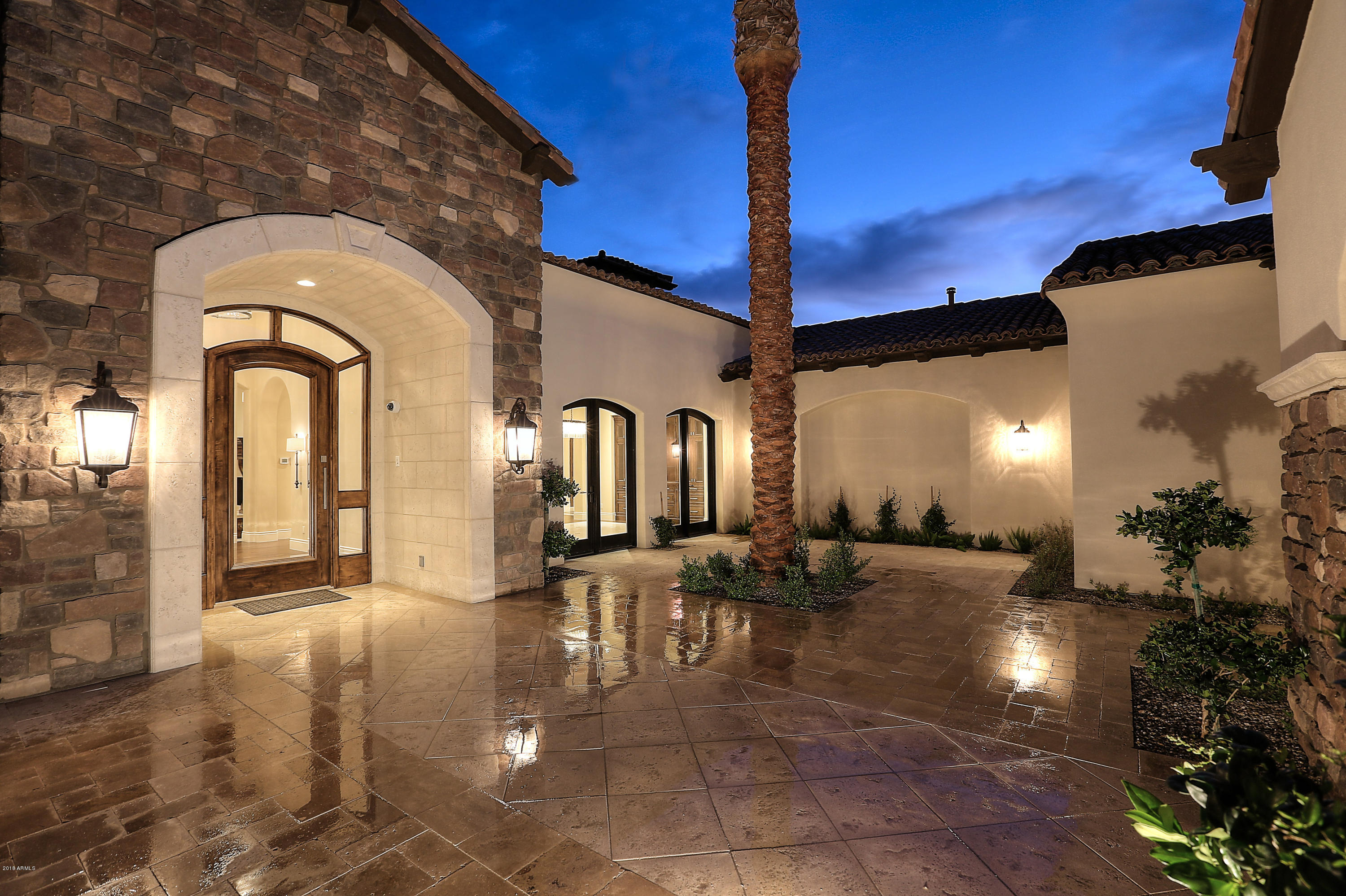 8065 W EXPEDITION Way, Peoria, AZ 85383 US Glendale Home for Sale