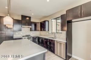 Property for sale at 3233 N 70th Street Unit: 1024, Scottsdale,  Arizona 85251