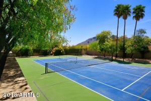 6711 N 47th Street Paradise Valley, AZ 85253
