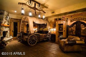 Wagon Wheel Villa