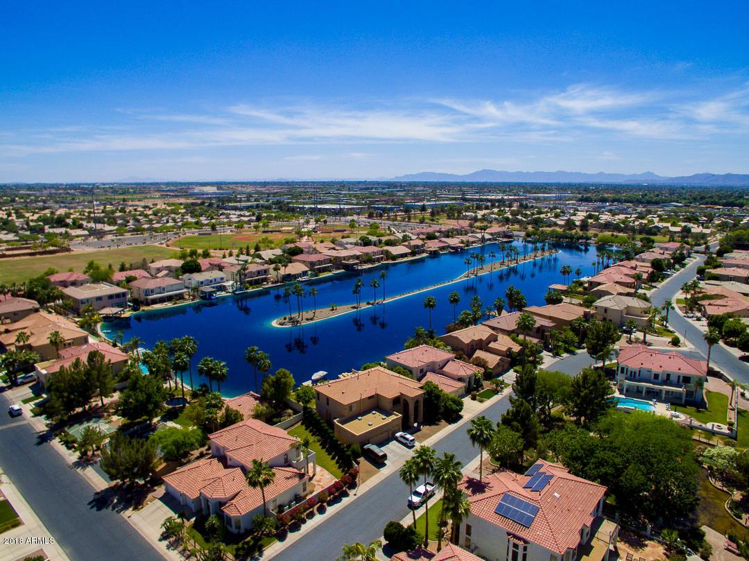 MLS 5764708 599 N ACACIA Drive, Gilbert, AZ Gilbert AZ Waterfront
