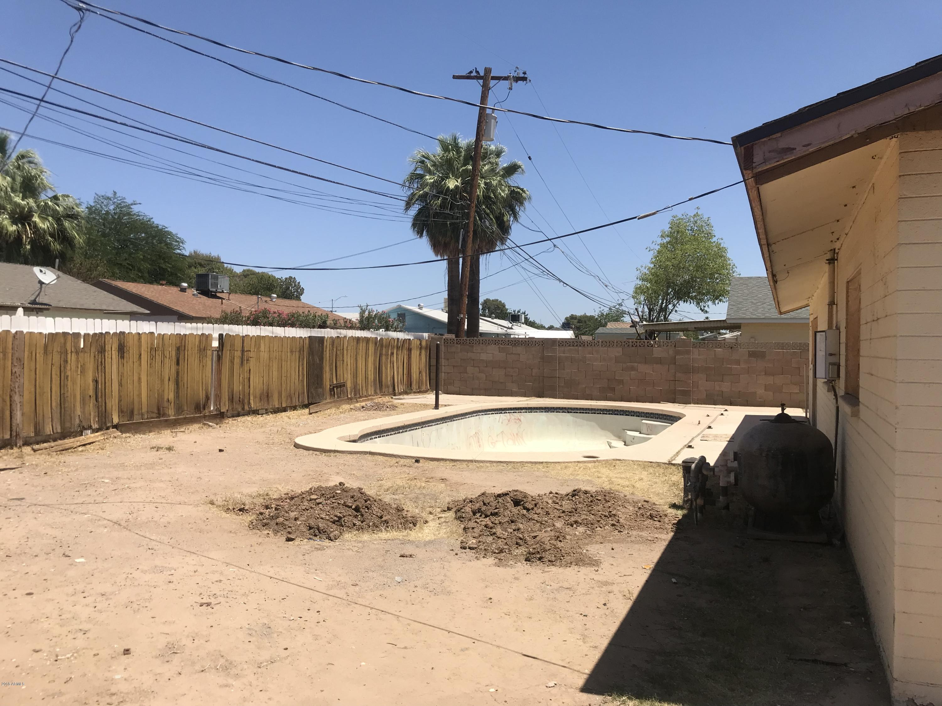 MLS 5766173 6248 W BERRIDGE Lane, Glendale, AZ Glendale AZ Private Pool