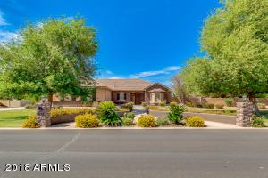 Property for sale at 2698 E Lines Lane, Gilbert,  Arizona 85297