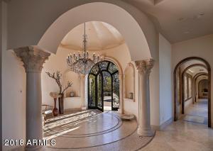 Foyer-Entry-_-Hallway (2)