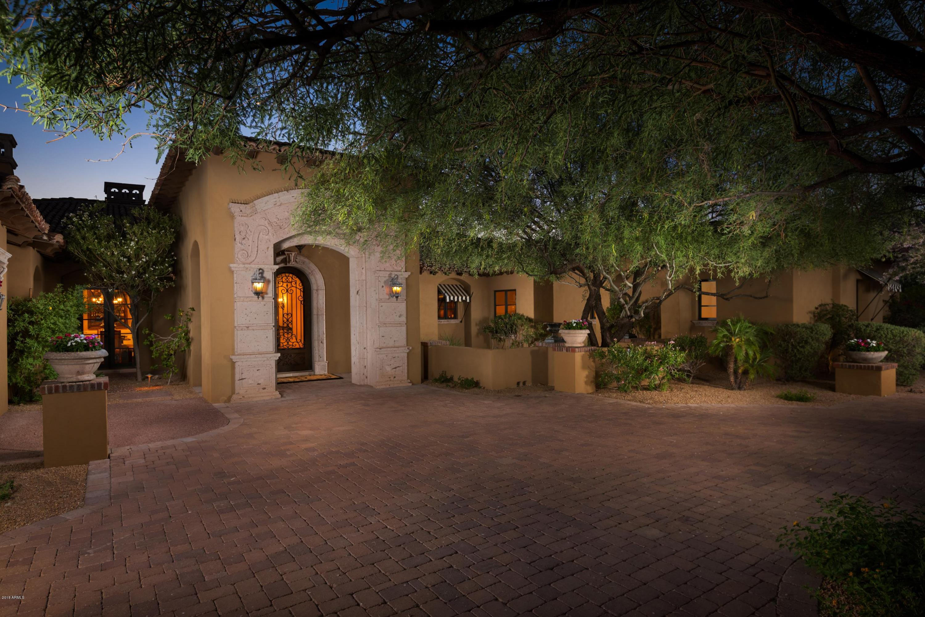 Photo of 6116 N 38th Place, Paradise Valley, AZ 85253