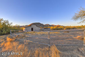036_Horse Property