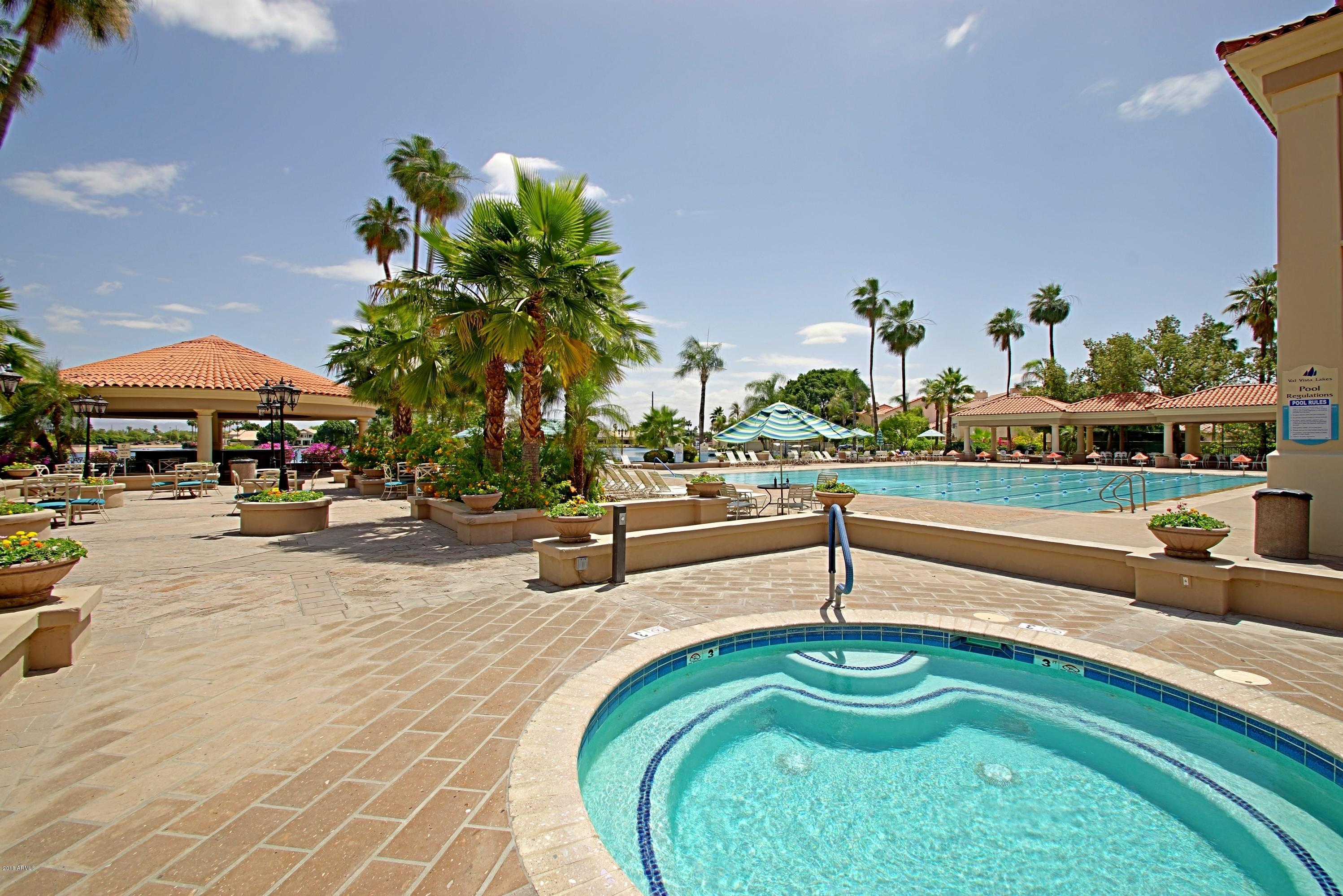 MLS 5775809 1700 E LAKESIDE Drive Unit 14, Gilbert, AZ 85234 Gilbert AZ Val Vista Lakes