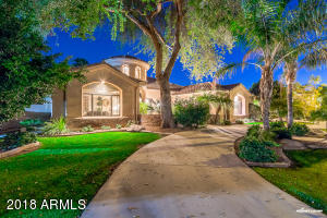 Property for sale at 3733 E Olive Avenue, Gilbert,  Arizona 85234