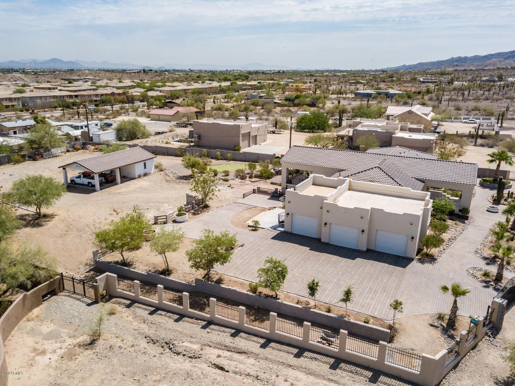 MLS 5782277 2528 W Lodge Drive, Phoenix, AZ 85041 Phoenix AZ Equestrian