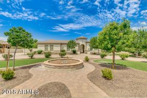Property for sale at 6544 S Oakwood Way, Gilbert,  Arizona 85298