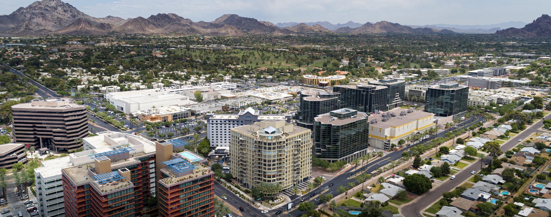 MLS 5698535 2402 E ESPLANADE Lane Unit 1002, Phoenix, AZ 85016 Phoenix AZ Three Bedroom