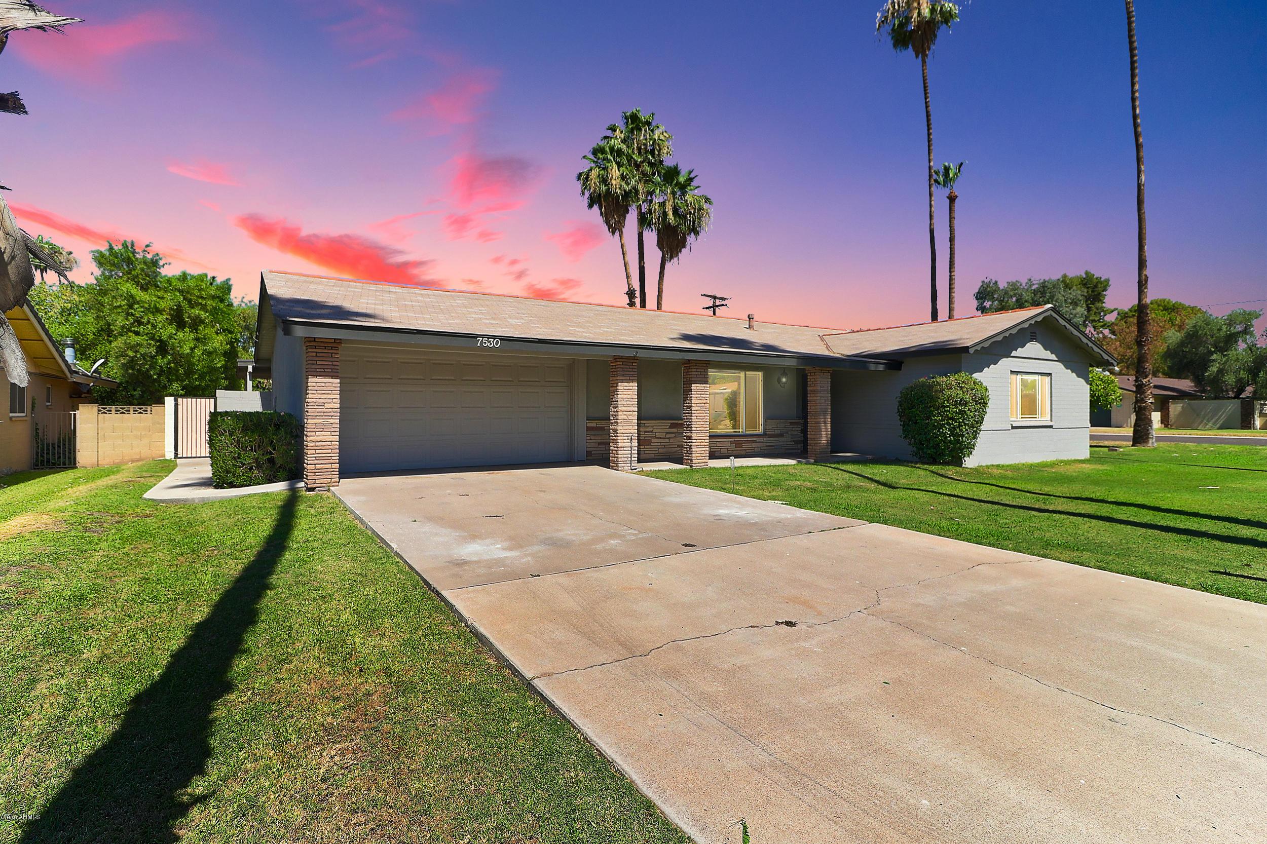 Photo of 7530 N 7TH Avenue, Phoenix, AZ 85021