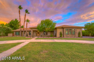 Property for sale at 2771 E Cattle Drive, Gilbert,  Arizona 85297