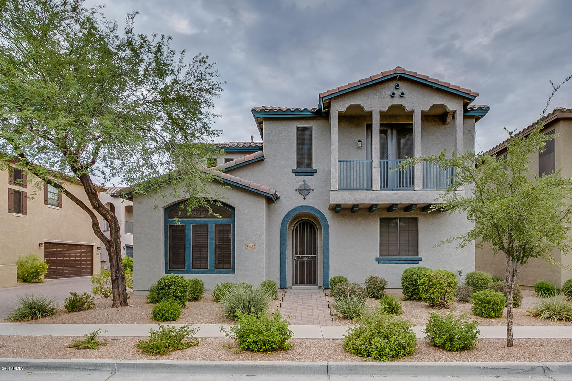 Photo of home for sale at 2332 DUSTY WREN Drive W, Phoenix AZ