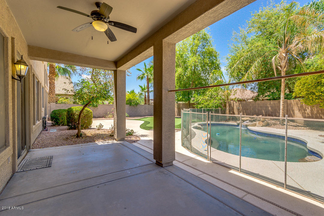 MLS 5792745 810 S CROSSCREEK Place, Chandler, AZ 85225 Willis Ranch