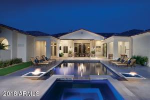 5716 N Casa Blanca Drive Paradise Valley, AZ 85253