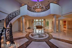 8404 N El Maro Circle Paradise Valley, AZ 85253