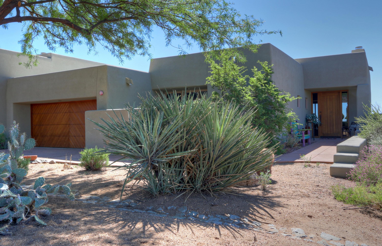 Photo of 10103 E GRAYTHORN Drive, Scottsdale, AZ 85262
