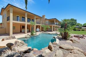 Property for sale at 2405 W Laredo Street, Chandler,  Arizona 85224