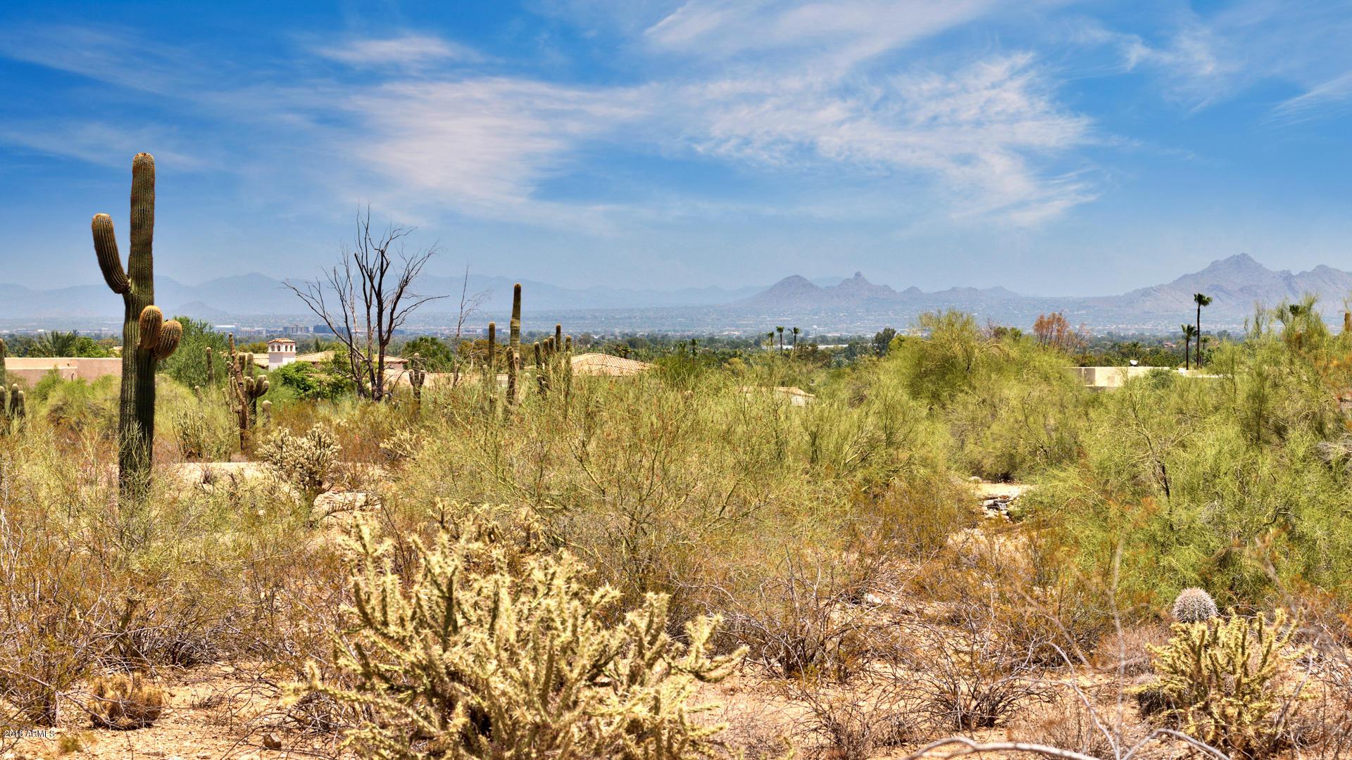 Photo of 7525 N IRONWOOD Drive, Paradise Valley, AZ 85253