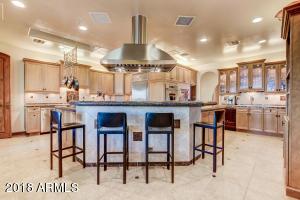 Property for sale at 8525 E Los Gatos Drive, Scottsdale,  Arizona 85255