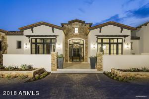 5824 N Casa Blanca Drive Paradise Valley, AZ 85253