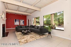 GREAT room w/virtual furniture