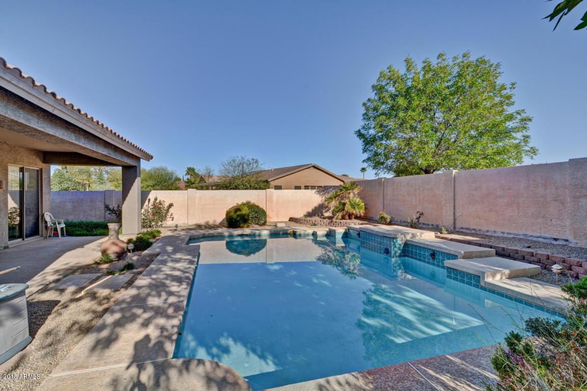 MLS 5807092 8058 W VIA MONTOYA Drive, Peoria, AZ 85383 Peoria AZ Short Sale