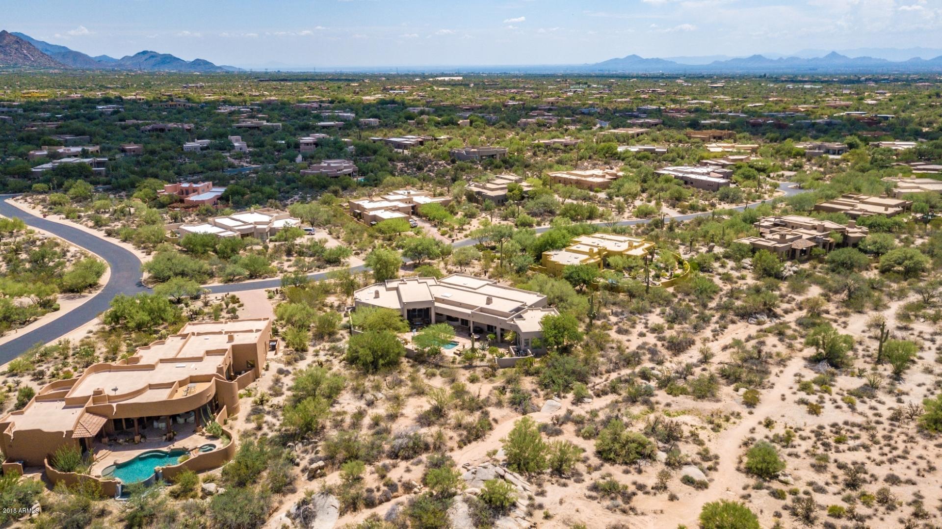 MLS 5809239 8300 E DIXILETA Drive Unit 202, Scottsdale, AZ 85266 Scottsdale AZ Sincuidados