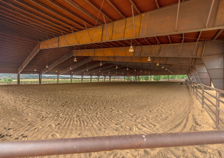 MLS 5809244 4250 W OATMAN FLAT Circle, Prescott, AZ Prescott AZ Equestrian