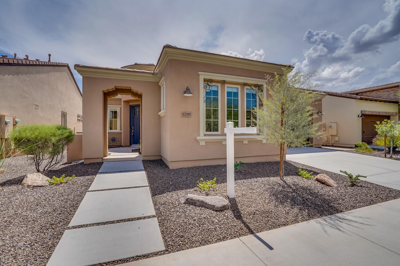 Photo of 1791 E Tangelo Place, San Tan Valley, AZ 85140