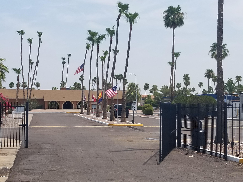 MLS 5811878 303 S Recker Road Unit 168, Mesa, AZ Mesa AZ Gated