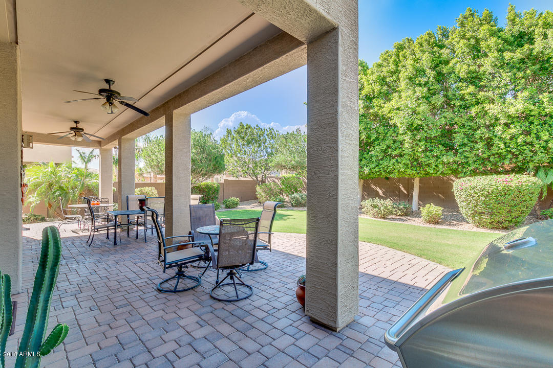 MLS 5829964 15330 W SELLS Drive, Goodyear, AZ 85395 Goodyear AZ Palm Valley