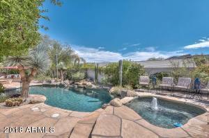 5911 W Hedgehog Place Phoenix, AZ 85083