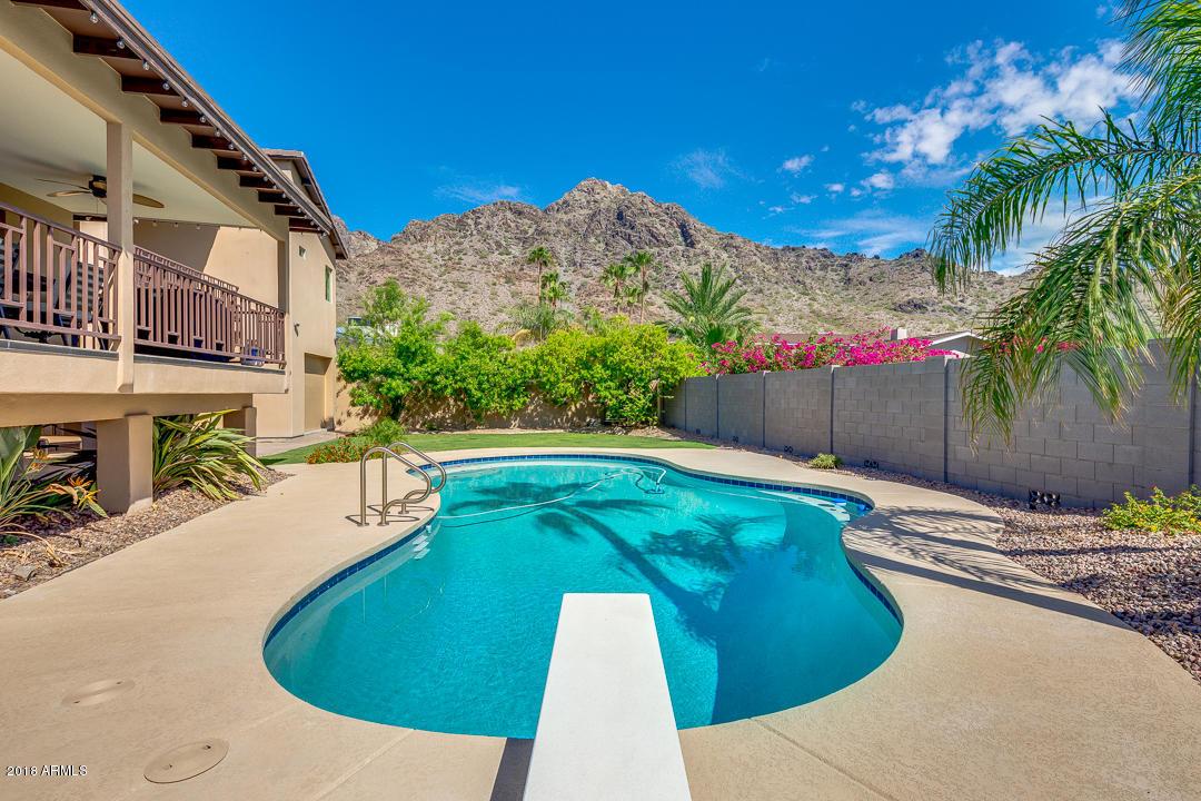 2229 E BELMONT Avenue, Phoenix AZ 85020