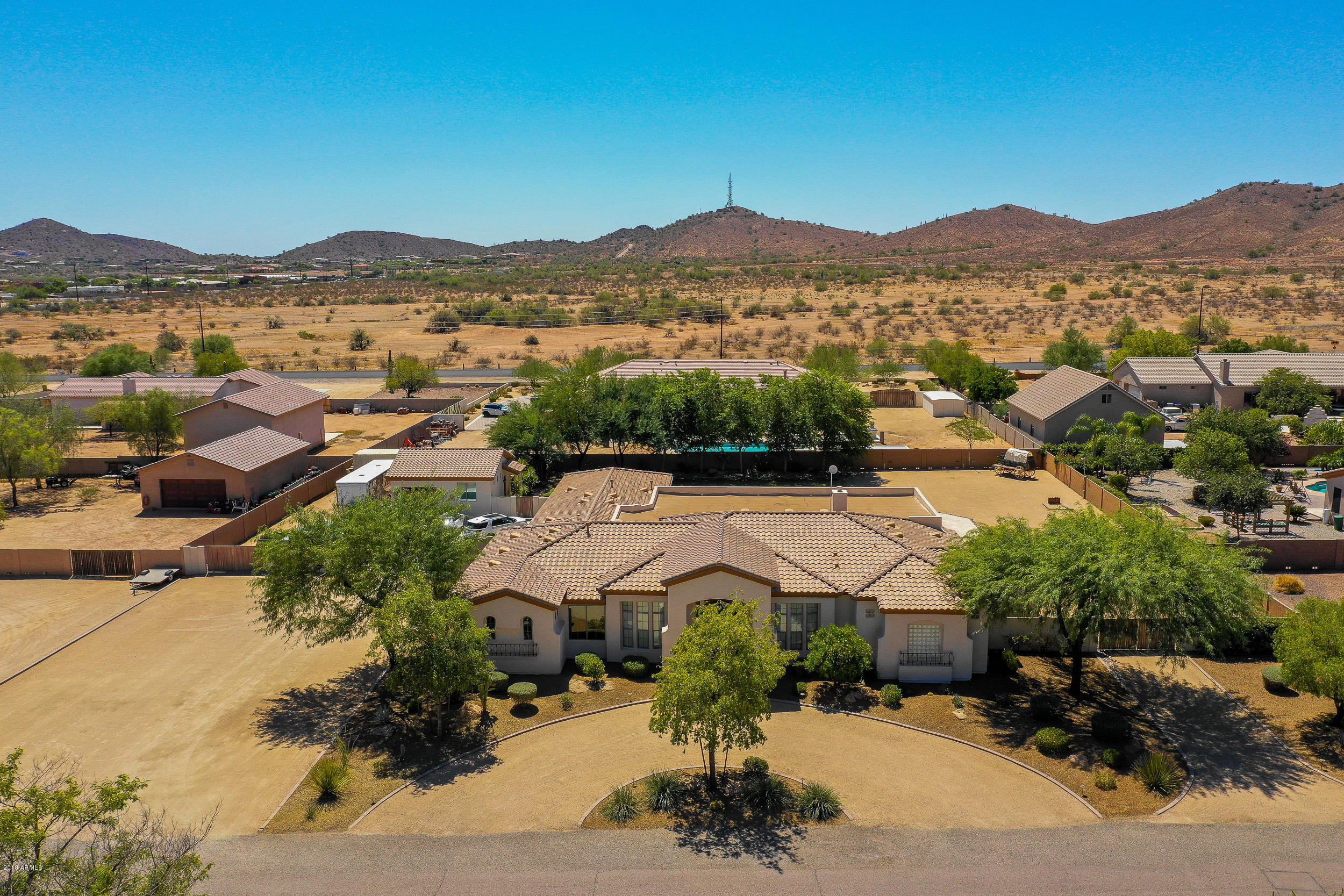 MLS 5814896 1005 W Windward Court, Desert Hills, AZ Desert Hills AZ Luxury